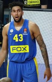 800px-Jonah_Bolden_43_Maccabi_Tel_Aviv_B.C._EuroLeague_20180320_(4)